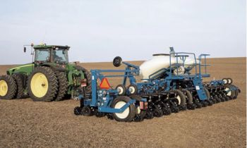 CroppedImage350210-Kinze-3605Planter-2020.jpg