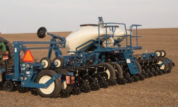 CroppedImage350210-Kinze-Planter-3600-2019.jpg